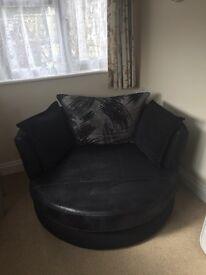 Black Swivel Chair- Memory Foam Seat