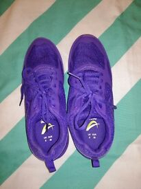 Shoes size uk5 (brand new)