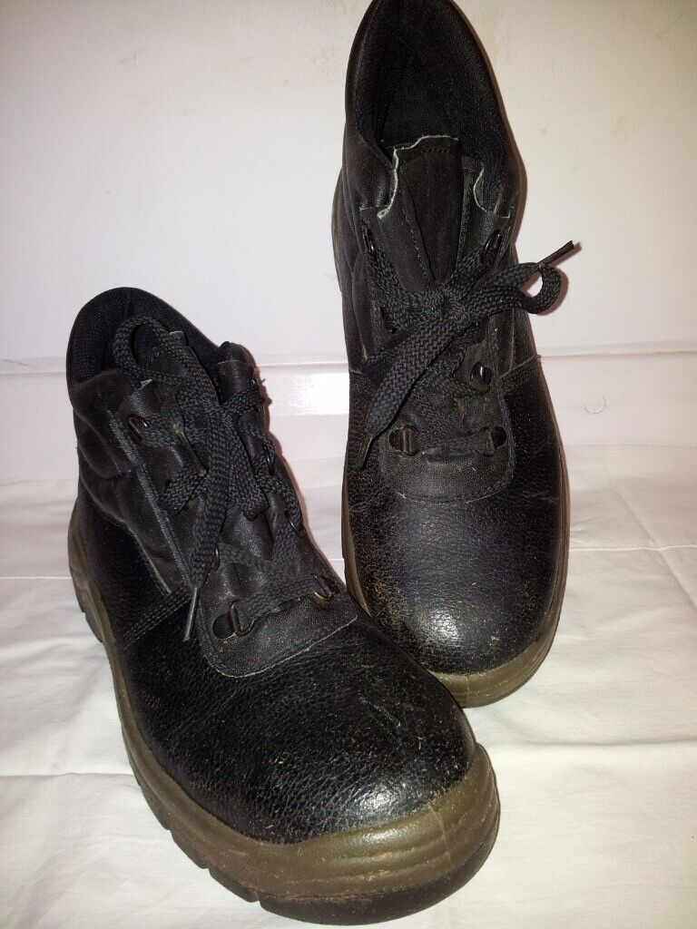 9528b51f123 Safety Boots S1P, Arco, Size 10/44, Black Leather, PU oil resistant sole,  good condition | in Clifton, Nottinghamshire | Gumtree