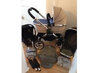 ICANDY PEACH Full Travel System with Car Seat Carrycot Seat Liner and extras in Very Good Condition