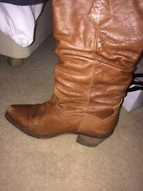 Scuh size 38 tan leather boots