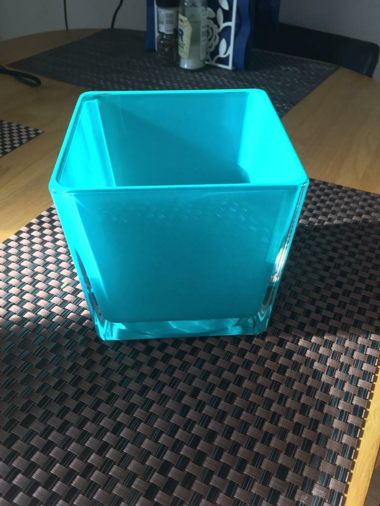 Small square glass vase in paisley renfrewshire gumtree small square glass vase reviewsmspy