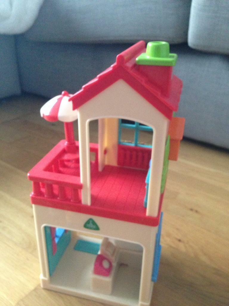 ELC Happyland Cottage, Tea Shop and Vet