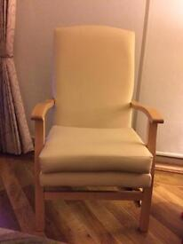 Orthopaedic Hospital style Carver chair with pressure pad