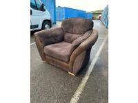 XL fabric chair in excellent condition