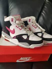 Nike Flights SIZE 8