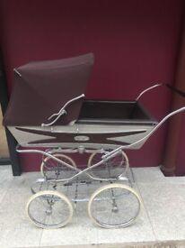 Vintage Silvercross pram