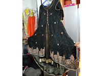black beautyfull tell frok with stone work 4 peice £ 170 onofer