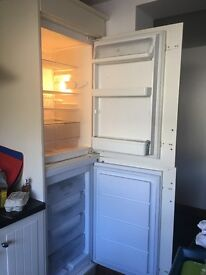 Integrated fridge and/or freezer