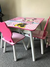 Mini Mouse table and chairs