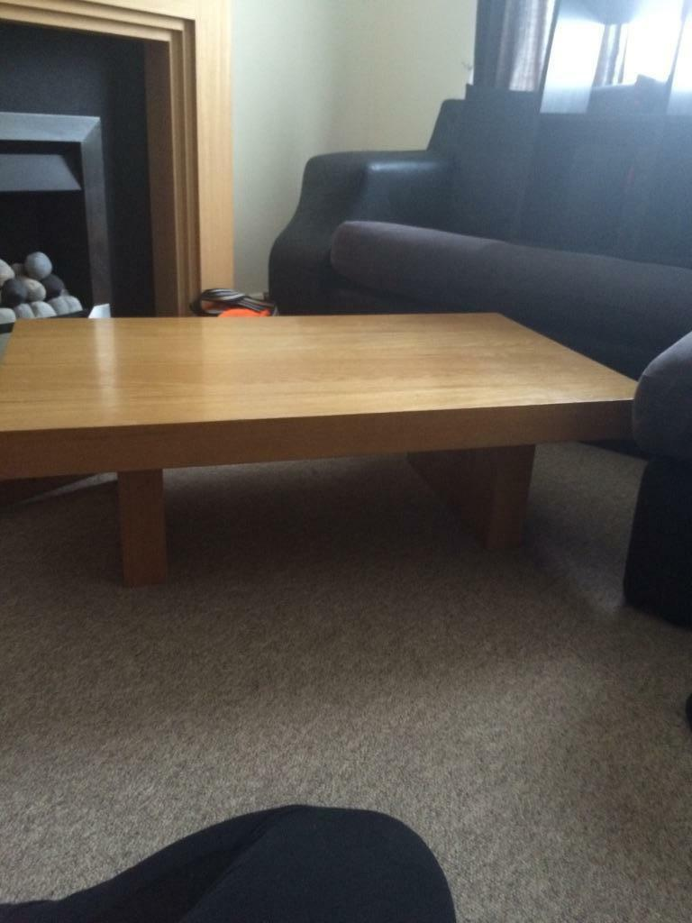 Matching oak coffee table and tv cabinet in gosport for Matching tv stand and coffee table
