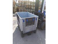 Plastic pallet boxes euro size