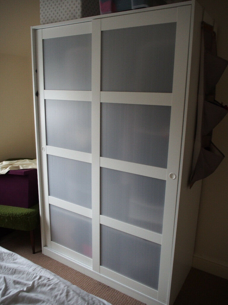 Adesivo Para Carenagem De Kart ~ IKEA Kvikne Wardrobe with 2 sliding doors in white in Oxford, Oxfordshire Gumtree