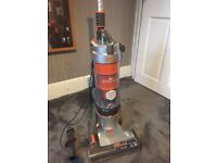 vax u85-as-be Air Stretch Upright Vacuum Cleaner, super condition, lightly used