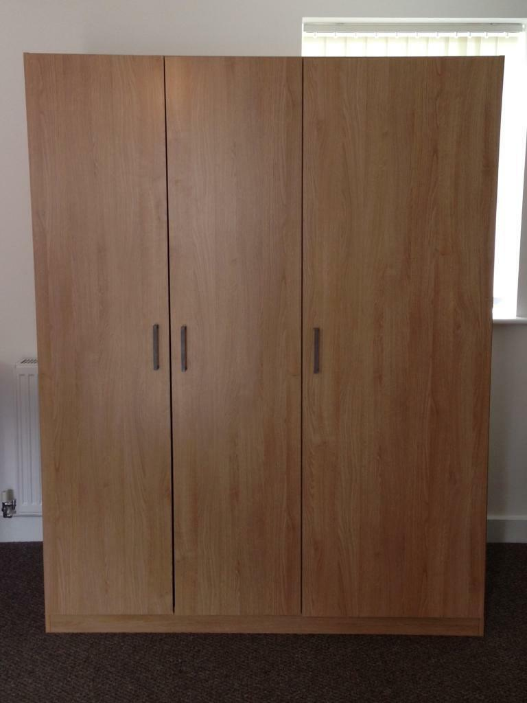en art cm wardrobes dombas that effect ikea standing ensure domb products hinges ie doors s hang adjustable free oak wardrobe the straight