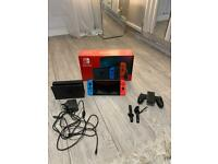 Nintendo switch with carry case, 1x game