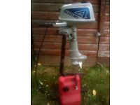 Suzuki outboard, long range fuel tank and maintainance stand