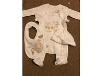 Unisex baby outfit 4 piece set
