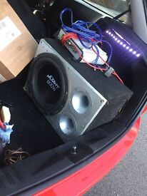 Car subwoofer and amp vibe