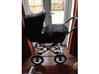Silver cross pram/buggy/crib (with wooden stand) changing bag and car seat