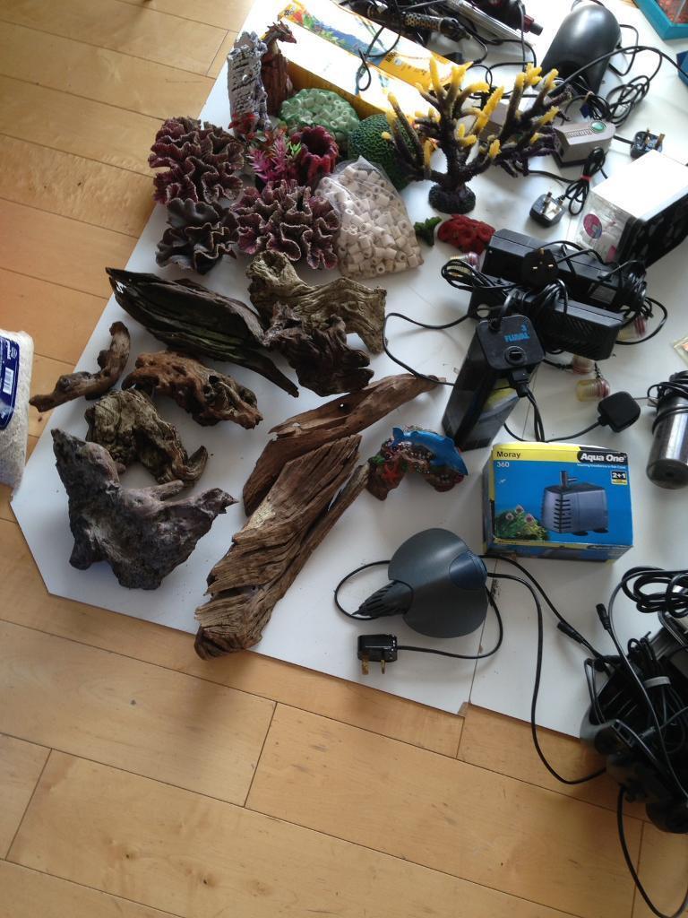 Fish tank accessories,lights,pumps heaters etc
