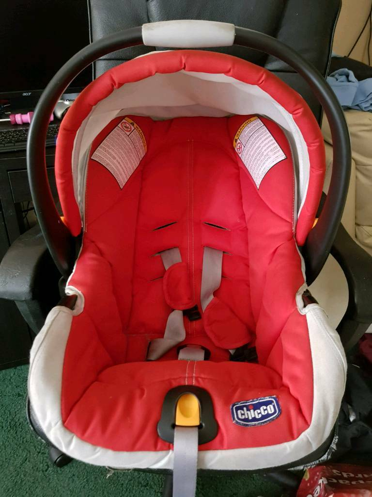 Chicco Baby Car Seat Red