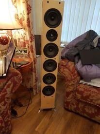 Gamut PHI 5 Pair Speakers