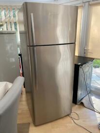 Fisher and paykal fridge freezer