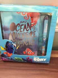 Finding Dory diary and pen set