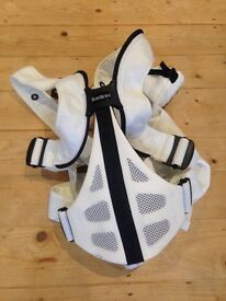 Baby Bjorn breathable mesh carrier in white