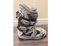 Women's Size 5 Ski Boots - Excellent Condition!