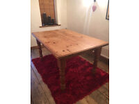 Fantastic strong solid pine dining table set, 152cm long, 96cm wide with 6 farmhouse chairs