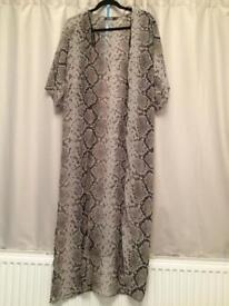Snake print kimono Size 6