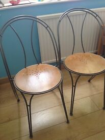 Bargain – 6 Stackable Chairs – Oak color (seat) and silver color (legs) - less than £7 each