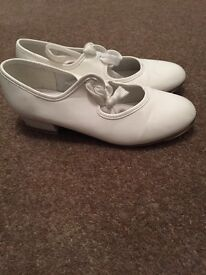 Girls white tap shoes size 2