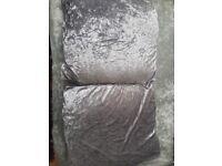 2 Velvet Pillows Cases With Filling