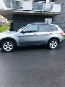 BMW X5 2007 3.0  For Sale/ A Vendre $10,000 Or Best Offer