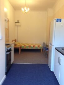 Ground Floor Self Contained Studio - £150 P/W bills included