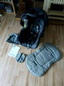 Mothercare U Move baby car seat with extras and instructions