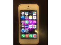 I phone 5 32 GB Unlocked Mint Condition White
