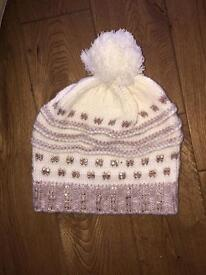 Knitted bobble top hat
