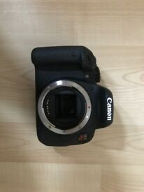BARELY USED Canon EOS Rebel T5i/EOS 700D/EOS Kiss X7I KIT with LENS