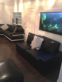 SHARED ACCOMMODATION LET FOR PROFESSIONALS ONLY!! LUXURIOUS MODERN HOUSE!