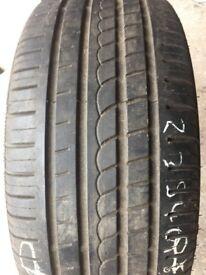 235/40/18 Pirelli P Zero Rosso tyre
