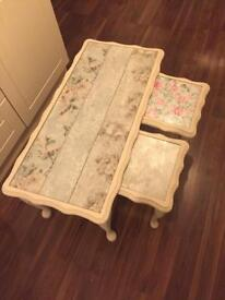 Set of 3 shabby chic style tables