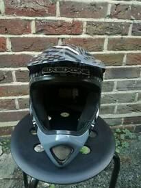 Helmet SIXSIXONE