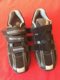 Men's Spd shoes 9.5