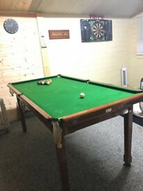 Solid wood Pool Snooker table and balls