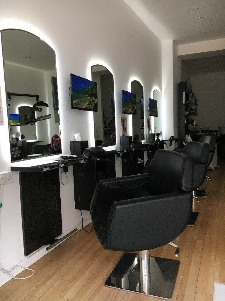 Hair salon equipment in kingston london gumtree for Salon 86 shawinigan