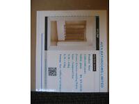 Folding Shower Screen (5 Fold) 1200mm x 1400mm. Brand New In Box.